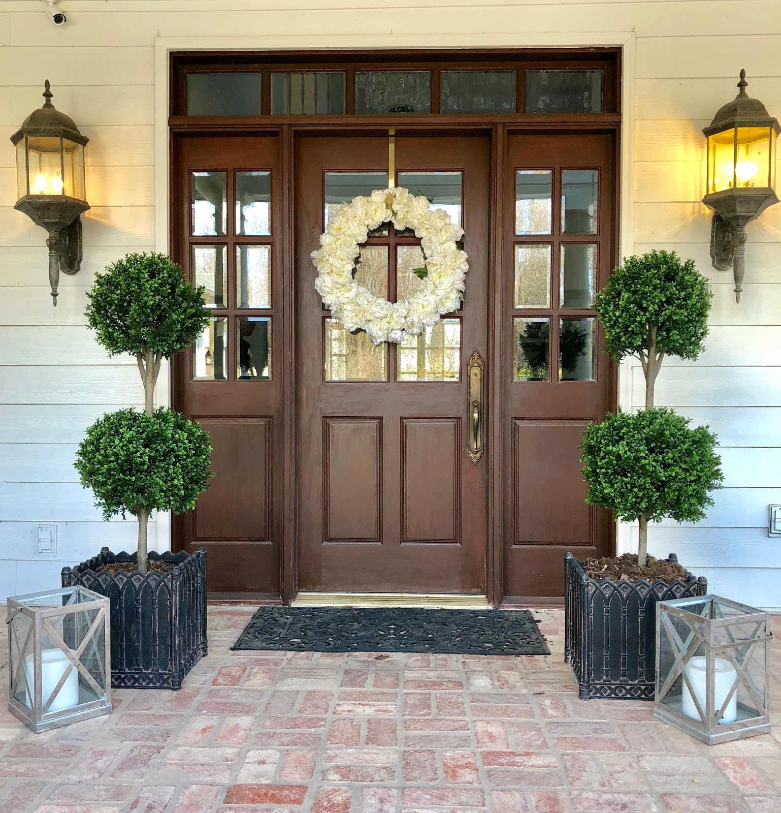 Eleven Gables My Favorite Faux Topiary For Outside