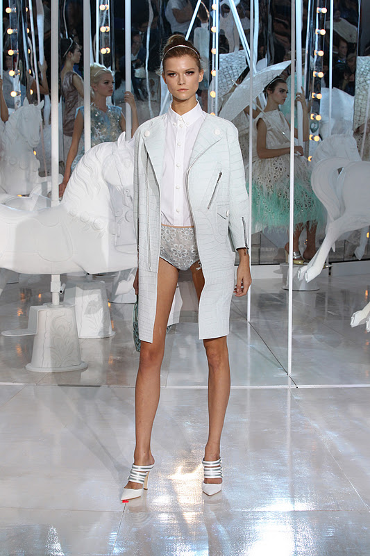 Sweet Home Paris Paris Fashion Week: Louis Vuitton Ss12 | Fashion Daydreams