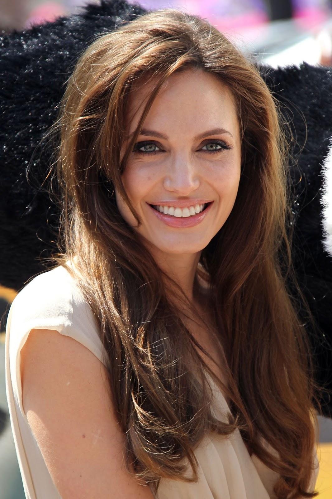 Angela Jolie