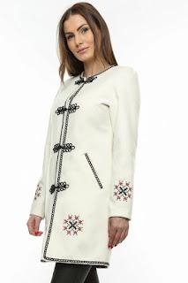 palton dama de iarna motive traditionale alb