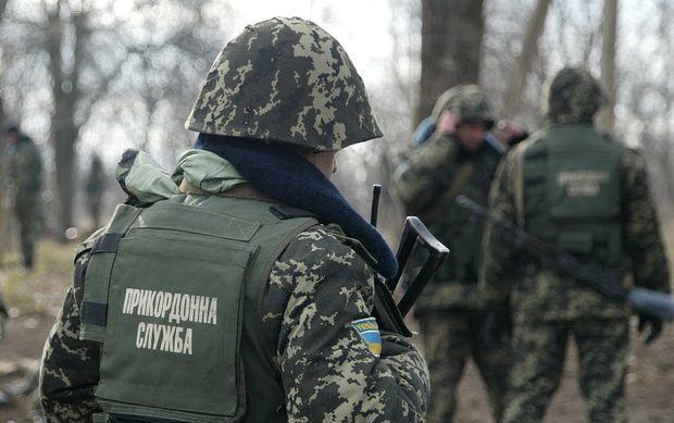 С территории РФ обстреляли украинских пограничников