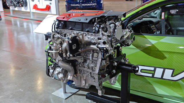 Honda Civic Type R K20C1 turbocharged at SEMA