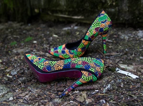 PauMau blogi nelkytplusbloggari nelkytplus asukuva tyyliblogi aikuisen naisen tyyli kenkäblogi helmikengät korkkarit avokkaat piikkikorko