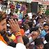 अलीगंज : एनडीए प्रत्याशी चिराग पासवान ने किया रोड शो, समर्थकों का उमड़ा सैलाब