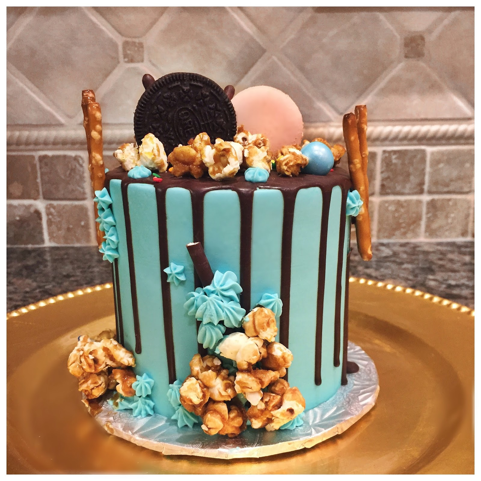 Pusateris Fine Foods Birthday Cake best chocolate popcorn blue