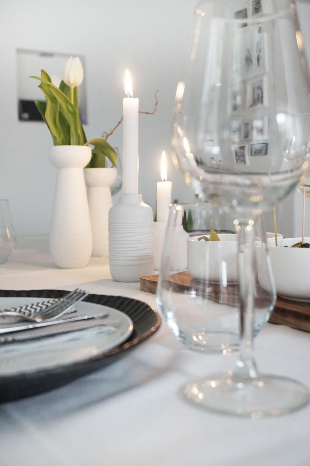 simple und schick tischdeko schwarz wei. Black Bedroom Furniture Sets. Home Design Ideas