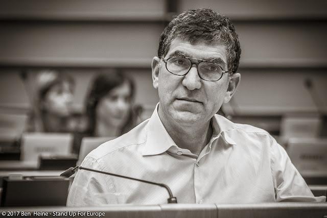 Richard Laub - Stand Up For Europe - Students for Europe - Parlement européen - Photo par Ben Heine