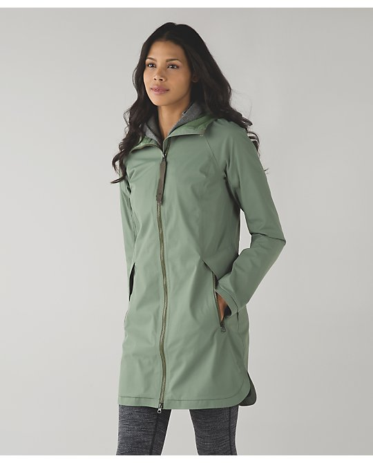 lululemon definitely-raining-jacket