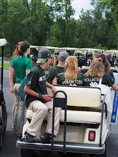 4-H'ers on golf cart