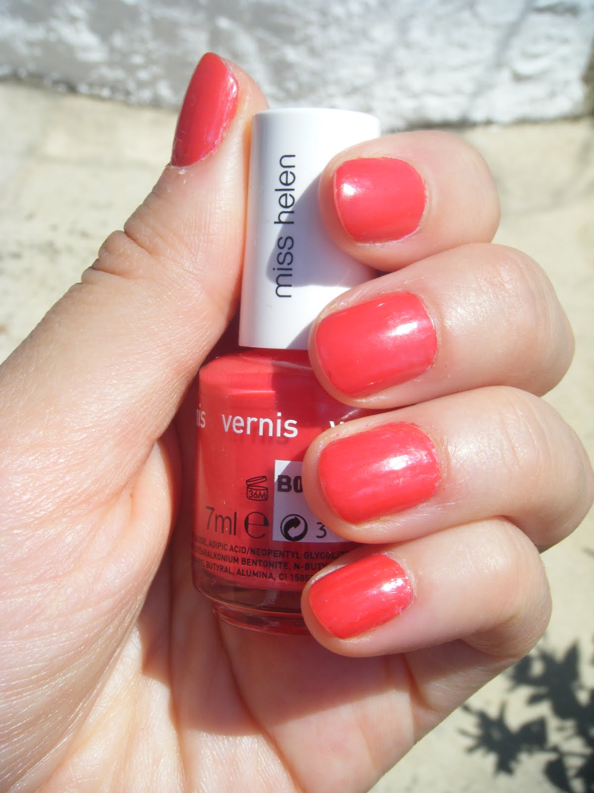 Journal D Une Beauty Paresseuse Vernis A Ongles Corail Or Not