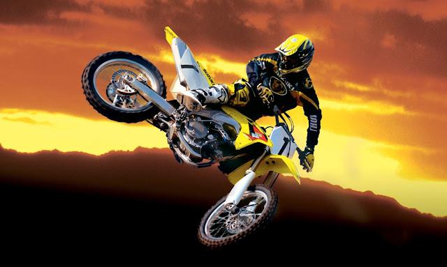 Suzuki Motocross HD Wallpapers Free Download