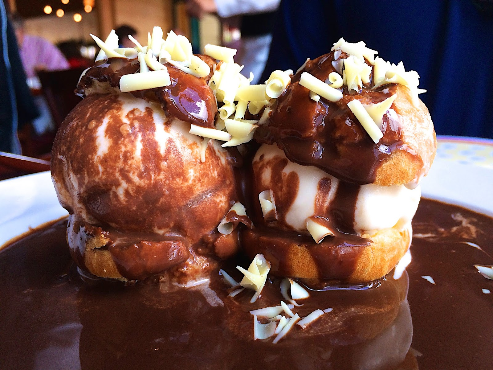 Profiteroles - Les Chefs De France - Epcot - Walt Disney World