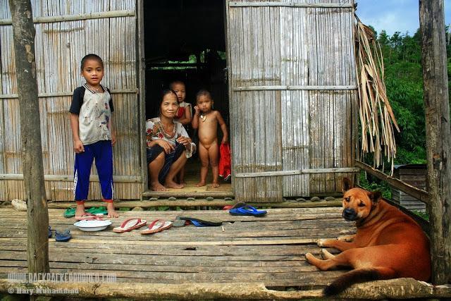 Suku Dayak Meratus di Desa Juhu
