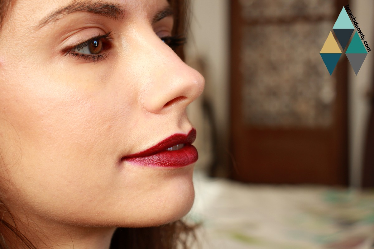Revue et swatches beauté poudre teint blush nacré rose bobbi brown