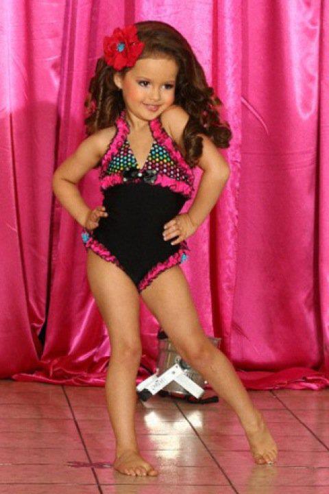 Russian girl austin powers nake