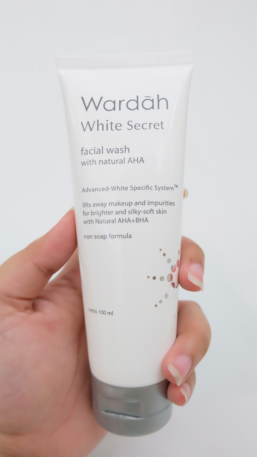 Wardah White Secret Facial Wash With Natural Aha 21 Happy Journey Sama
