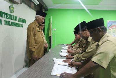 Kemenag Tanjungbalai Teken Pakta Integritas