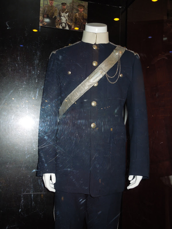 Tom Hiddleston War Horse movie uniform