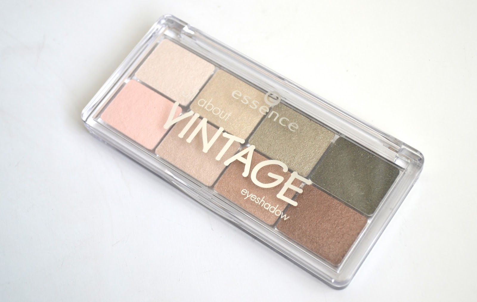Essence Cosmetics All About Vintage Eyeshadow Palette - Swatches ...