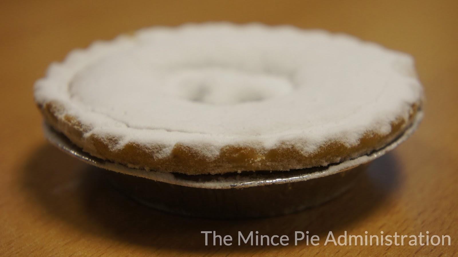 The Mince Pie Administration: Costco - Kirkland Signature - Mince Pies