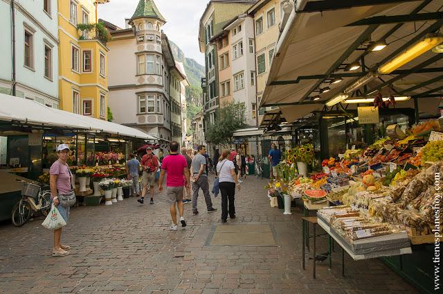 Mercado Bolzano Italia viaje turismo  blog diario