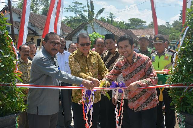 Foto Peresmian Pasar Kawasan Pedesaan oleh Dirjen PKP Kemendes PDTdT