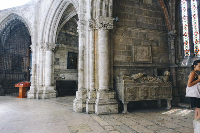 リスボン大聖堂(Sé de Lisboa)|周歩廊の礼拝堂(Deambulatório e capelas absidais)
