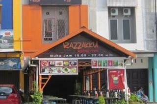 Lowongan Kerja Pekanbaru : Razzakku Seafood Resto Agustus 2017