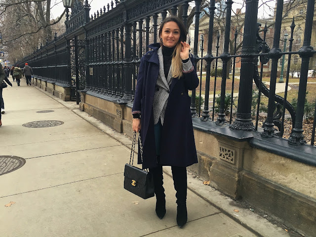 Toronto, Tourist in Toronto, fashioncanadians, toronto blogger, canadian fashion blogger, real outfit, real style, how to wear a blazer, hm blazer, check blazer, over the knee boots, OTK boots, visit toronto. mystyle, women style
