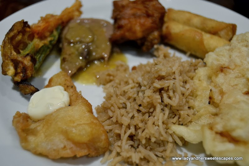 Asian dishes at Intramuros Restaurant Dubai