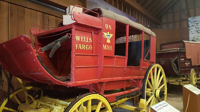 old-town-mail-wagon