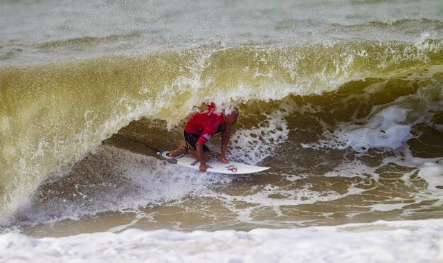 54 2014 Moche Rip Curl Pro Portugal Kelly Slater Foto ASP Damien%2B Poullenot Aquashot
