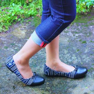 Sepatu Tenun Jepara