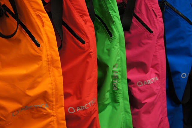 Arctics ski pants image