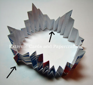 glue points on accordion pleated star