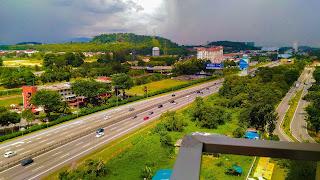 Warih-Homestay-Highway-View