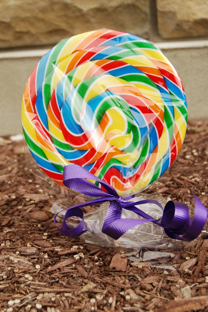 KID MAGIC: 10 Simple ways to make Easter magical for kids- I love these ideas!