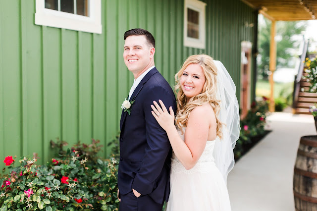 Thousand Acre Farm Wedding | Photos by Heather Ryan Photography