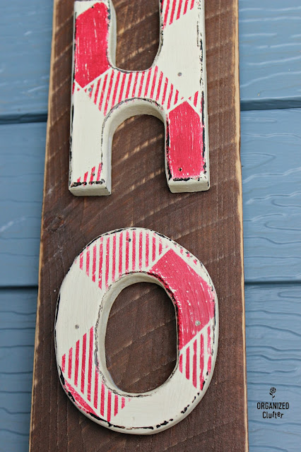 Thrift Shop Wooden Letters to Christmas Sign #Christmasjunkfavs #sign #stencil #oldsignstencils #rusticChristmas #buffalocheck
