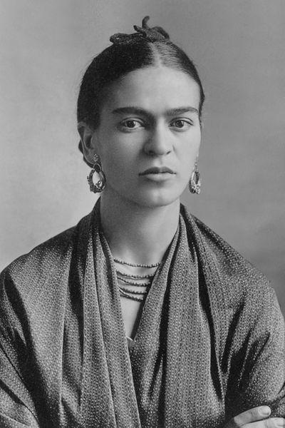 Frida Kahlo Biography | Life | History | Paintings /Frida Kahlo