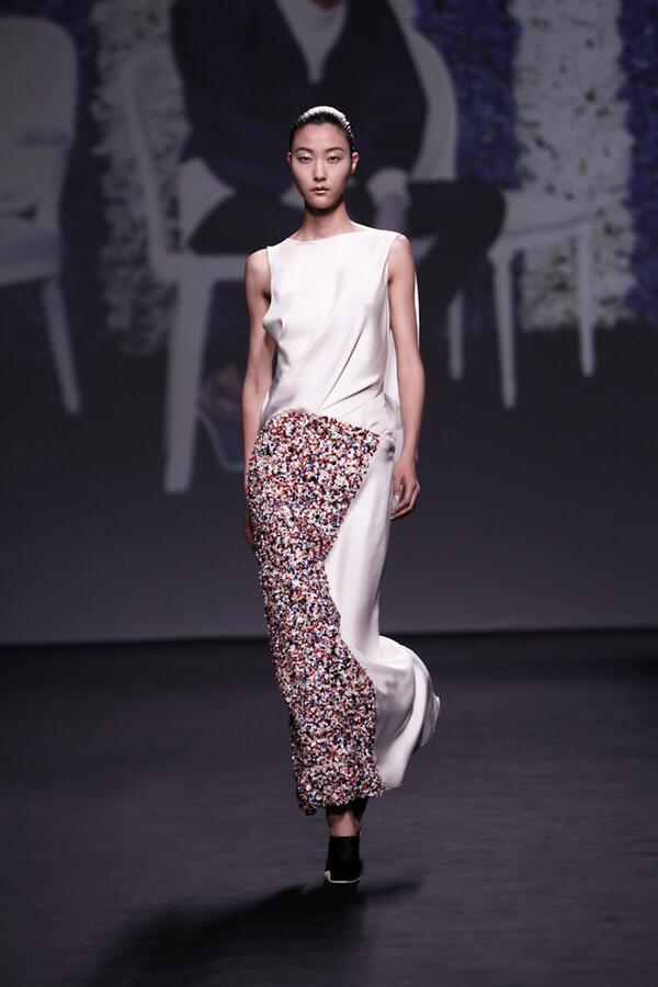 37750da7c57b download di Christian Dior haute couture autunno 2012 - arinmaxo.gq