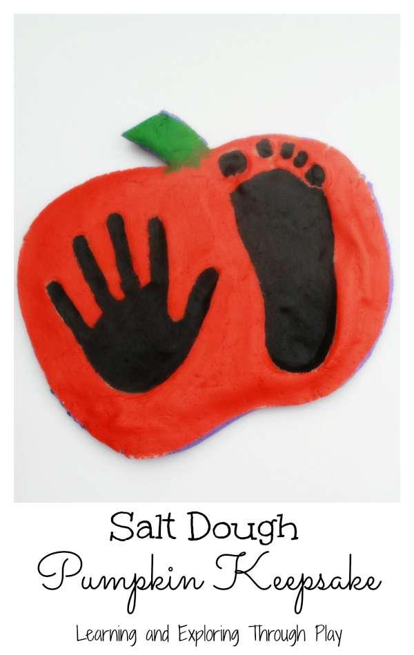 learning and exploring through play pumpkin print keepsakes