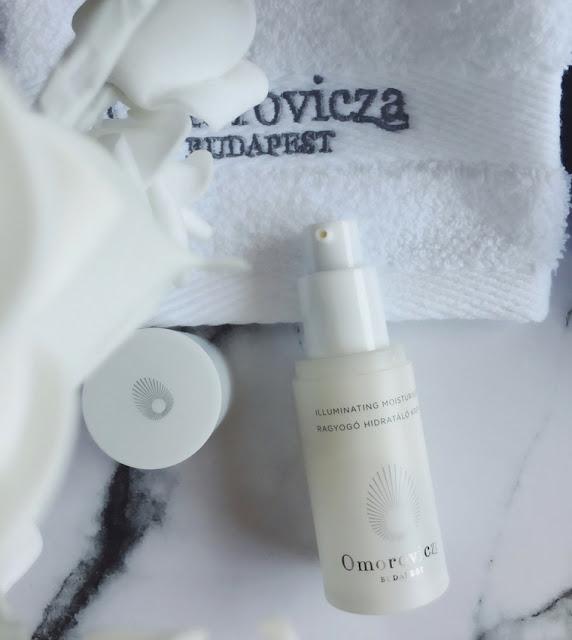 omorovicza-illuminating-moisturiser