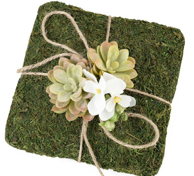 moss ring cushion idea - wedding planning