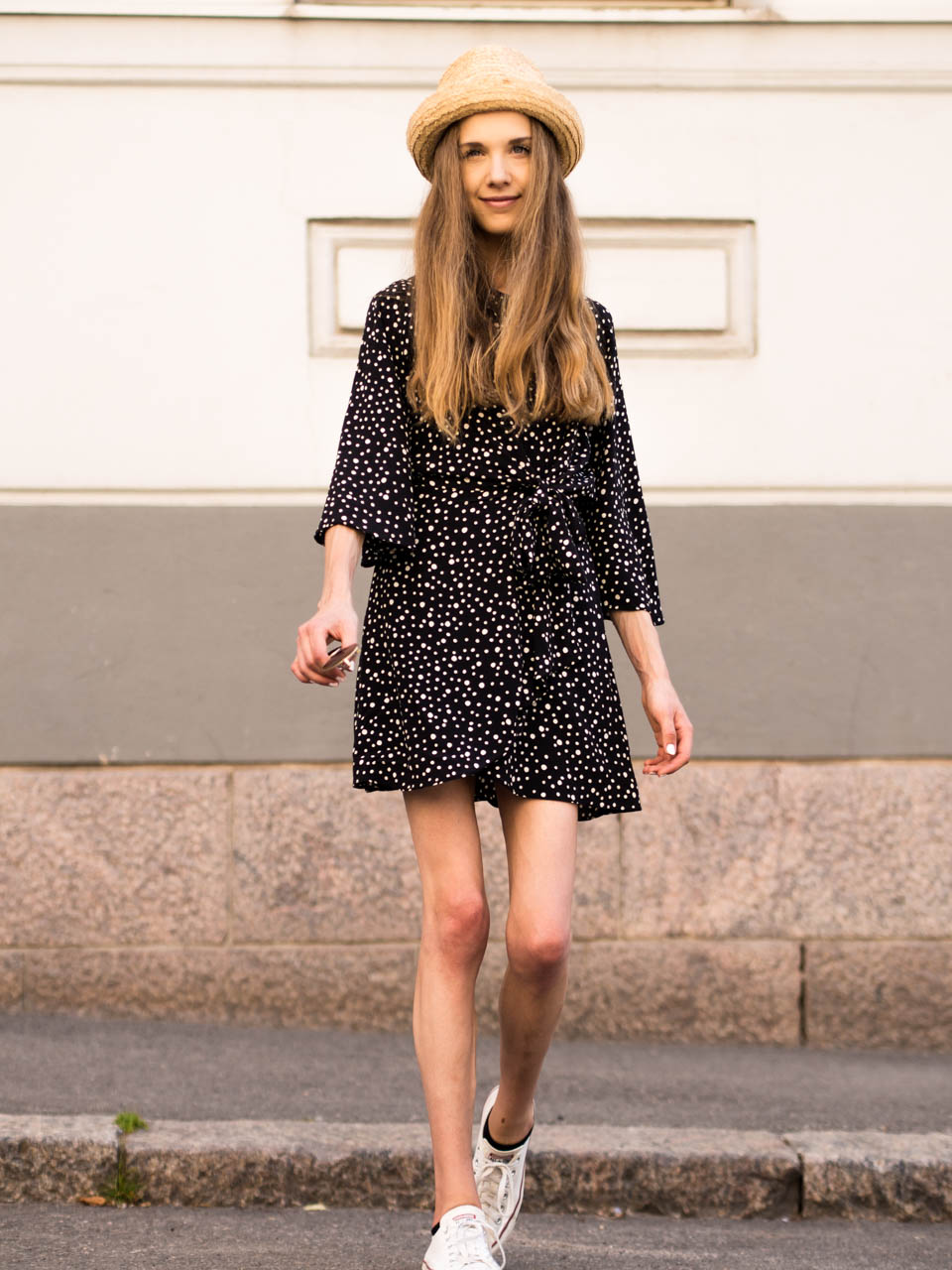 fashion-blogger-summer-style-polka-dot-dress