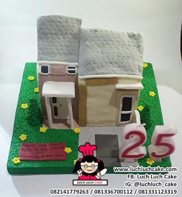Kue Tart Bentuk Rumah