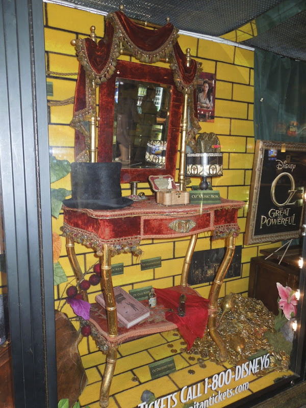 Oz Great Powerful James Franco movie props