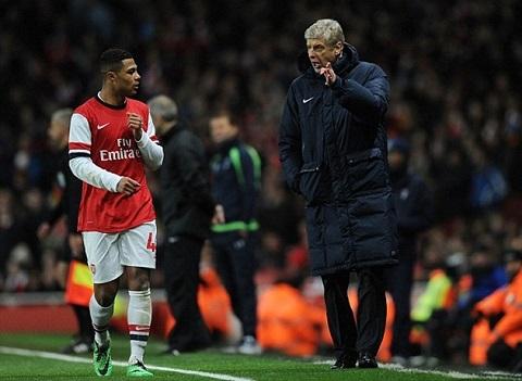 Gnabry từng được Wenger rất ưu ái