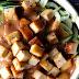 Nouilles de zucchini, sauce bang bang et tofu sauté à la Sri Racha