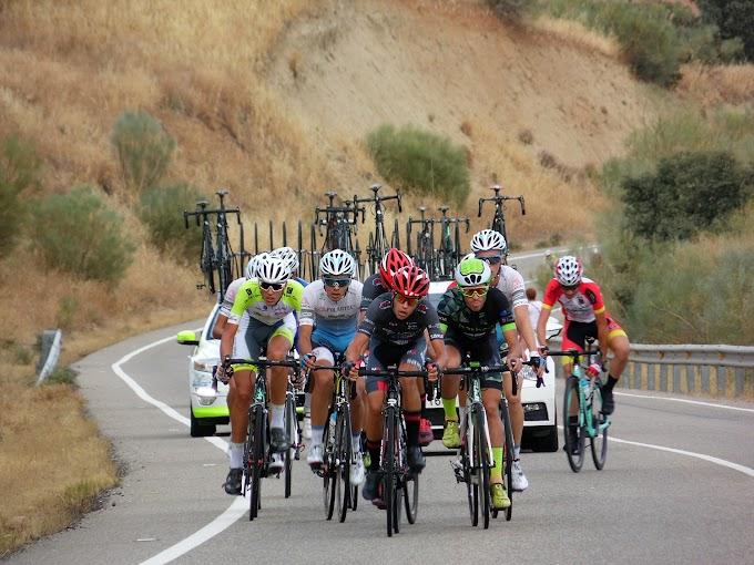 Álex Martín, sensacional primer líder de la Vuelta a Talavera